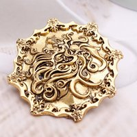 Wholesale 273 high quality film surrounding A Song of Ice and Fire game right factory direct gold lion brooch Y260