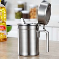 Wholesale 304 Stainless Steel Oil Bottle with Cover Dustproof leakageproof thickened Jar for Cooking Oil Kitchen Storage Box Supplies