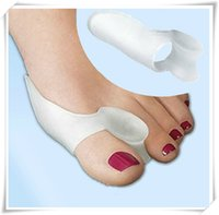 Wholesale 2pcs pair Soft Silicone Gel Toe Separators Straightener Bunion Protector thumb valgus Bunion Foot care