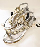 beaded shoe clips - 2016 summer in Europe and America beaded rhinestone sandals clip toe small slope heel shoes sandals pearl angle large size