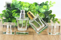 Wholesale MOQ ml Glass Perfume Bottles Fragrance parfum Atomizer Empty Cosmetic Spray Bottle Clear Perfume Bottles in stock