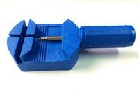 Wholesale Hot sales Practical watch tool watch repair tool kit clock kit strap down the bottom opener herramientas