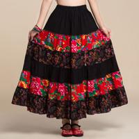 Style pastoral coton lin coutures florales occasionnels Jupes longues / roman bohème tzigane BOHO Espagne plissé Maxi jupes pour les femmes