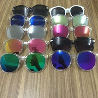 Wholesale The new sunglasses ladies retro dazzle colour frog mirror big box arrow sunglasses sunglasses sunglasses