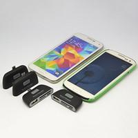 Gros-New 4 en 1 OTG / TF / SD lecteur Smart Card Adapter avec port de charge Micro USB pour Android Smart Phone qui soutiennent OTG