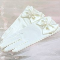 apparel gloves - Satin Flower Girl Gloves White Ivory Pink Little Girls Apparel Accessories Golves Bowknot Pearl Wrist Length Glove New Style High Quality