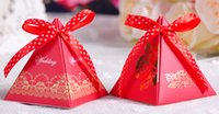 Wholesale Wedding favors triangle candy box with colored ribbon red green pink candy box wedding candy holders party and event party gifts