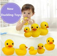 Wholesale 1000pcs New Baby Bath Water Toy toys Sounds Yellow Rubber Ducks Kids Bathe Children Swiming Beach Duck toys Ducks Gifts