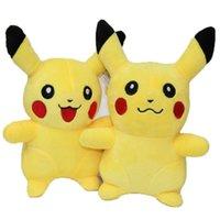 achat en gros de cadeaux peluches-EMS Pikachu Poupées en peluche 23cm (9inch) Poke jouets en peluche poke jouets Peluches animaux jouets de Noël doux meilleurs cadeaux E1196