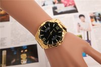 analog holiday - Swiss Quartz Unisex Watches Holiday Force With Gold Watches Alloy Round Analog Watches Men And Women Casual Wristwatches