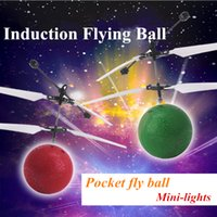 Wholesale LED Noctilucent Ball Toys RC Helicopter Flying Induction Quadcopter Drone Sensor Suspension Remote Control Fly Ball Toy Gift
