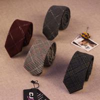 Precio de Lazo de lana-Corbatas de la corbata del mens de la alta calidad del diseñador de moda de 18colors Britain Corbatas delgadas delgadas de la tela escocesa de los 6cm de los gravatas para el negocio 10pcs de los hombres