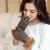 Wholesale Winter High Grade Cashmere Women Gloves Warm Plaid Mittens Fashion Soft Gloves Colors Women Gloves