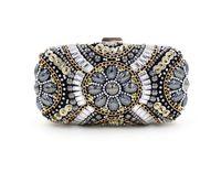 Wholesale New LUXURY Diamond Flower Crystal Evening Bag Clutch Bags Hot Styling Day Clutches Lady Wedding Purse Bolsa De Festa