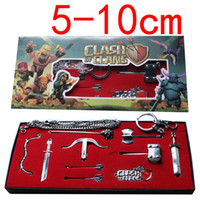 anime cosplay weapons - New Clash Of Clans Weapons Pendant Sets Keychain Necklace Cosplay Games Collection Metal Swords Pendant Cartoon Movie Anime Keychain GZ T05