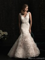 beautiful color combinations - New Arrivals Vestidos De Noiva A beautiful combination of lace and tulle make this gown gorgeous Style Wedding Dresses