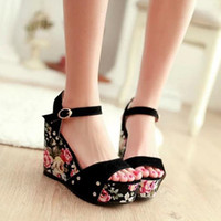 Wholesale 2015 Hot Sale Women Buckle Female Sandal Small Broken Flower Waterproof High Slope With Fish Mouth Shoes Rivets Wedges Sandals