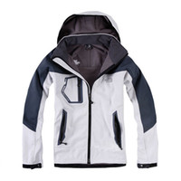 Wholesale 2016 High quality Outdoor sports Hiking Jacket Men Windstopper Softshell Jacket Men Waterproof Outdoor jaqueta masculina Jacket