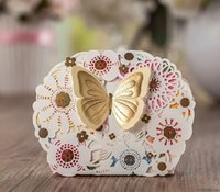 Wholesale Romantic Butterfly Favors And Gifts Bag Elegant Luxury Party Event Supplies Decoration Laser Cut Wedding Paper Candy Box