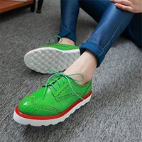 Wholesale Genuine leather bullock flats lady Brogues Leisure Women s lace up Flat Heels Handmade Women Casual Shoes Sheepskin Women shoes
