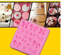 Wholesale Mini Bowknot fondant silicone mold chocolate mould candy resin molds silicone mould fondant cake decorating tools TY1798