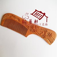 Wholesale Authentic peach wood carving carved comb with the comb carved plum bird gift box double post