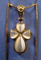 avon necklace - AVON NEW White Cat s Eye Stone Victorian Gold Box Chain quot Necklace