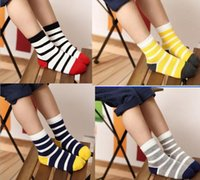 Wholesale 2pcs pair New Arrival Design Fashion boys and girls kids socks high quality cotton Smiley face frees shipping