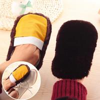 Wholesale Fashion Soft Home Use Shoes Cleaning Gloves Cloth Polishing Shoe Brush Imitation Wool