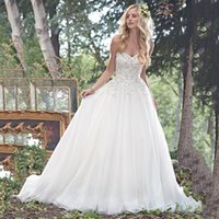 Wholesale Romantic Beach Wedding Dresses Sweetheart Sleeveless Tulle A Line Floor Length Dresses With Swarovski Crystals Applique Bridal Gowns