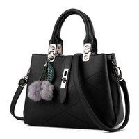 beautiful handbag designs - Noble Elegant Women Handbag PU Leather Tote Bag Fashion Brand Design Ladies Shoulder Bag Messenger Bag New Beautiful HuiLin BLB077