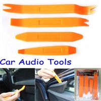 Wholesale 4pcs set Easy Use Portable Vehicle Car Auto Panel Audio Refit Trim Removal Tools Set Kit Univesal Car Pry Refitting Tool