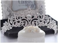 Cheap Bling Crystals Wedding Crowns Bridal Veil Tiaras Crowns Headband Hair Fascinators for Party Wedding Tiara Hot Wedding Hair Pieces