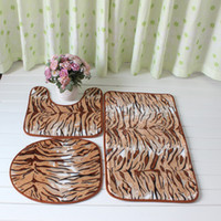 Wholesale Big Leopard printed door mat PVC mesh backing anti slip foam exercise mat thick Toilet Seat mat
