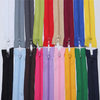 Wholesale New Arrival Top Selling Multi Colors Coil Zippers Tailor Sewer Craft Nylon Inch Style Garment Accessories