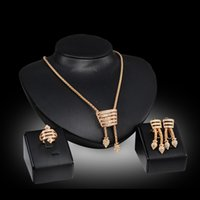 Wholesale fashion High grade alloy Three Piece Set Earrings Necklace Ring European and American Party Jewelry Set