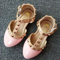Wholesale Baby Girls Rivets Shoes Kids Girl Leather Sandals Toddler Girl T Strap Shoes Princess Party Shoes Children Dance Shoes EU21 B012