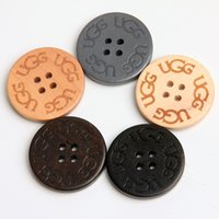 Wholesale 50pcs mm natural wood sewing buttons round shape holes DIY scrapbooking beads clothing accessories for Snow boots BW001