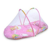 Wholesale Promotion portable baby bed foldable baby crib with mosquito net spring summer baby bed with mattress pillow