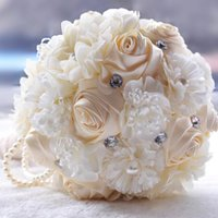 Wholesale Fashion Wedding Bouquets Hand Made Flower Pearls Crystal Wedding Supplies Bridal Bridesmaid Holding Brooch Bouquet