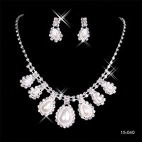 artificial necklace set - Cheap Shell Pearls Necklaces and Earrings Artificial Bridal Jewelry Sets For Wedding Party Bridesmaid Christmas New Year Gifts Sparkly Sets