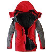 Wholesale Hot Sale Men s jackets outdoor mountaineering jacket leisure travel two set coat linner Hiking skiing jacket Z65