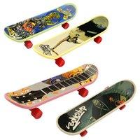 Wholesale 5pcs baby toy mini finger skateboards good gift for kids