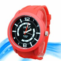 best quality watches for women - Top Quality Quartz Wrist Watch Mens Military Water Sports Watches Outdoor Watch Best Gift for Men New Arrival Candy Color Ladies Women Watch