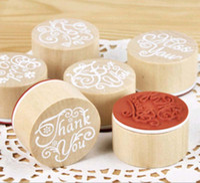 Wholesale 6pcs set Brand Vintage English Alphabet Thanks Greetings Round Wooden Stamp Scrapbooking Wedding Party Decoration Papelaria