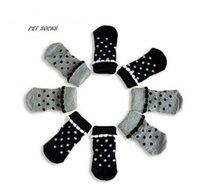 Compra Fuentes del perro muelles-Primavera del lunar de princesa fuentes del perro mascota calcetines de color negro suelas de color gris con partículas no resbalones