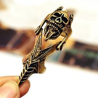 Wholesale Punk retro rock skull joint ring for women men personalized sharp claw vintage bronze alloy rings