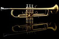 Wholesale Professional Beginner Trumpet B Flat Gold Lacquer trompete trompeta musical instruments with trumpet mouthpiece