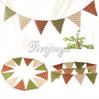 4.4M rayures colorées motif tissu de toile de jute Drapeaux et bannières tissu Bunting triangle 12 drapeaux pour la fête de mariage décoration bannière événement