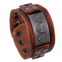 age shield - Fashion European Middle Ages Shield Pattern High Quality Leather Bracelets Jewelry fo Men SB01601